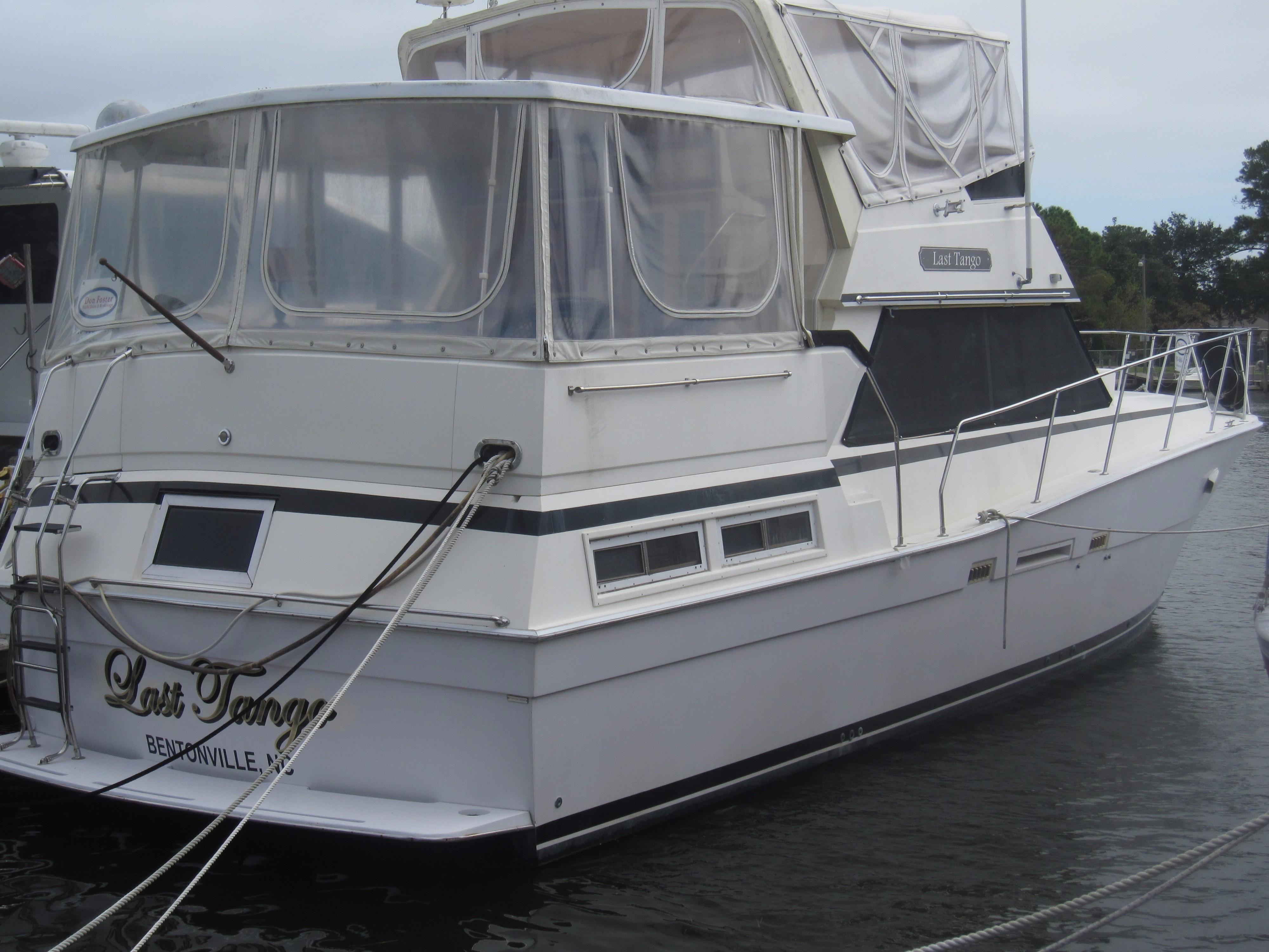 1985 viking motor yacht w cats power boat for sale www for 85 viking motor yacht