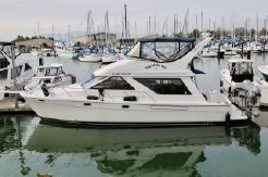 1998 Bayliner 3988 Command Bridge Motoryacht