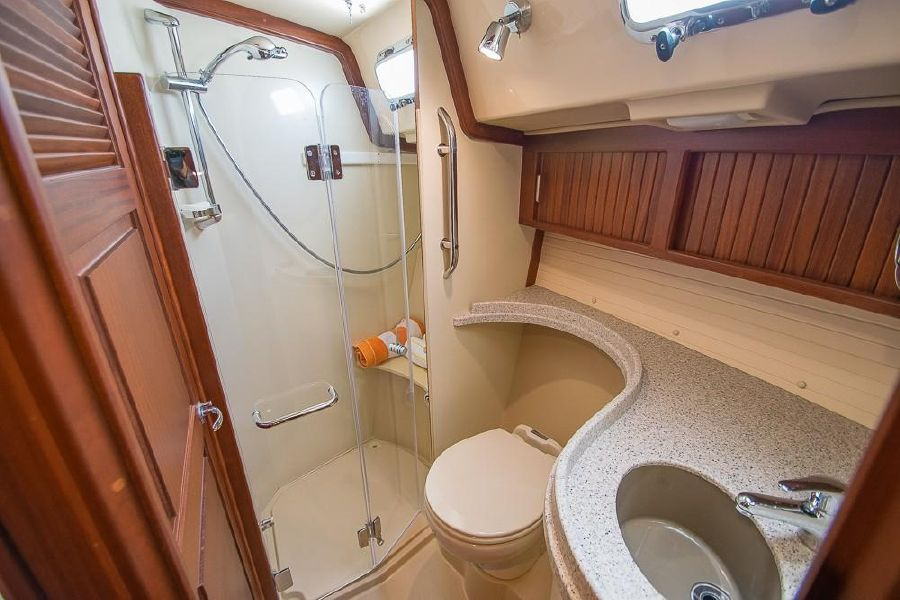 Island Packet 485 Sailboat Head Bathroom