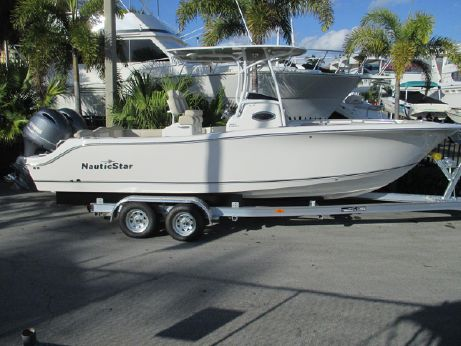 2017 Nautic Star 2602 Legacy