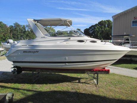 2000 Wellcraft 2400 Martinique