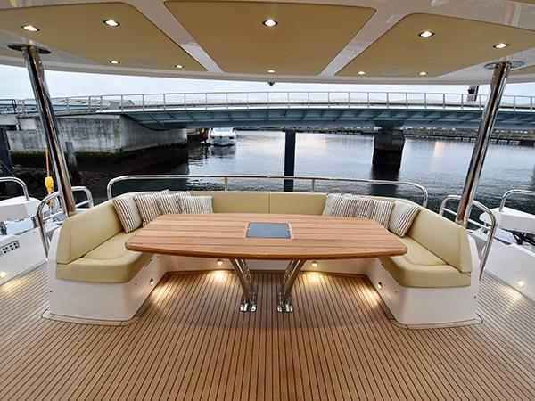2016 Sunseeker 86 Yacht Power Boat For Sale Www Yachtworld Com