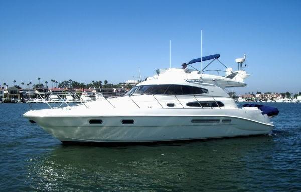 Sealine T47 Yacht for sale in Newport Beach CA