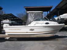 2001 Aquasport 215 Explorer