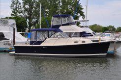 2005 Mainship Pilot 30-II