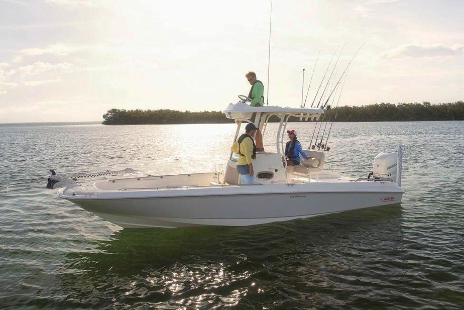 2019 Boston Whaler 240 Dauntless Pro Power Boat For Sale - www