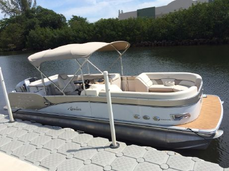 2014 Avalon Windjammer - 25