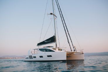 2019 Xquisite Yachts X5 SAIL Hull 008