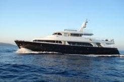 2007 Ferretti Yachts 31 mt