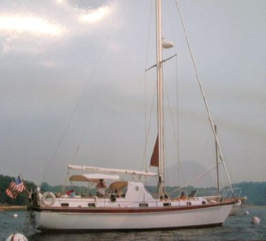 1984 Cape Dory Intrepid