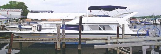1987 Bayliner 2850 Contessa Command Bridge