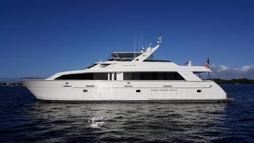 2001 Hatteras 92 Motor Yacht