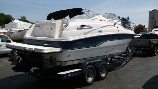 1999 Chaparral 260 Signature Cruiser
