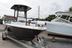2020 Robalo 226 Cayman