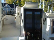 1990 Carver 3807 Aft Cabin