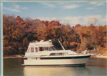 1981 Chris Craft 410 Commander