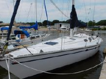1986 Hunter 45 LEGEND