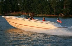 2016 Chris-Craft Launch 25