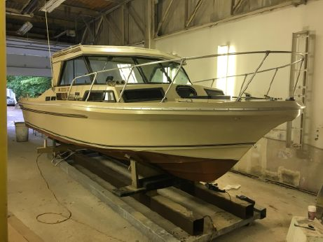 1985 Sportcraft 270 Fisherman