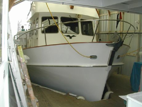 1978 37 Pacific Trawler Pilot House