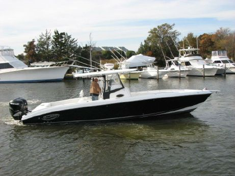 2008 Spectre (contender, Yellowfin, Jupiter) 34 Center Console