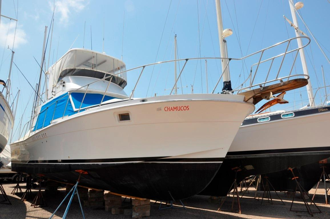 42' Uniflite Convertible+Boat for sale!