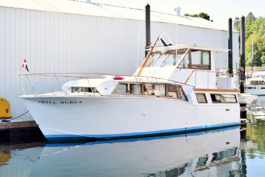 1966 Johnson Motoryacht