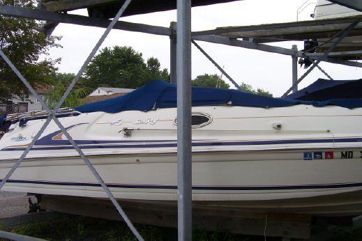 1997 Sea Ray 240 Sundeck
