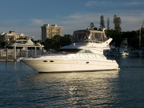 2003 sea ray 400 sedan bridge power boat for sale www yachtworld com rh yachtworld com Sea Ray Boat Wiring Diagrams Sea Ray 180 Manual