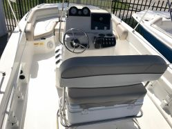 photo of  NAUTIC STAR 211 Angler