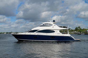 2006 Lazzara 74 Motoryacht
