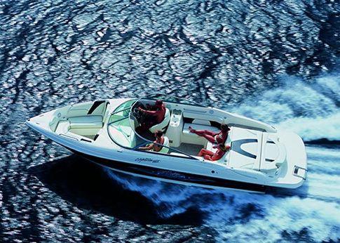 2005 Rinker 262 Captiva Bowrider