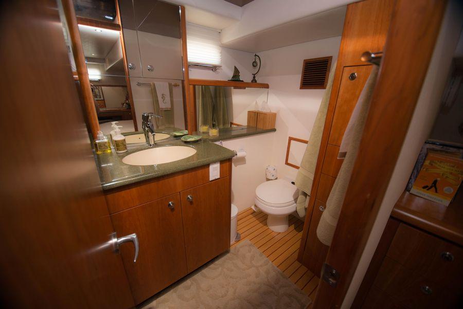 Queenship 59 Pilothouse Guest Bathroom Head