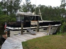 1967 Hatteras Tri Cabin Motor Yacht