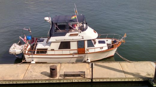 1990 Marine Trader 34 Double Cabin