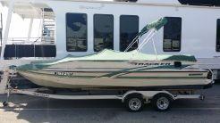 2001 Tracker Boats DECK SUNTRACKER 21PD