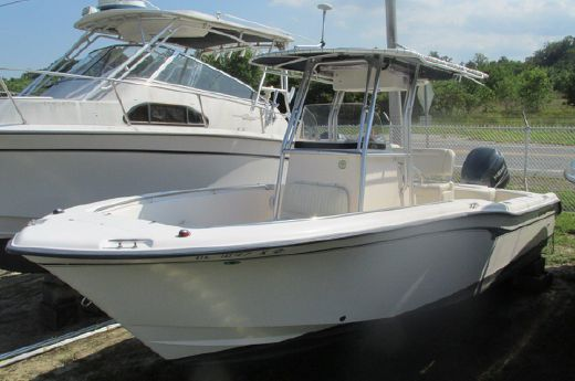 2002 Grady White 247 Advance
