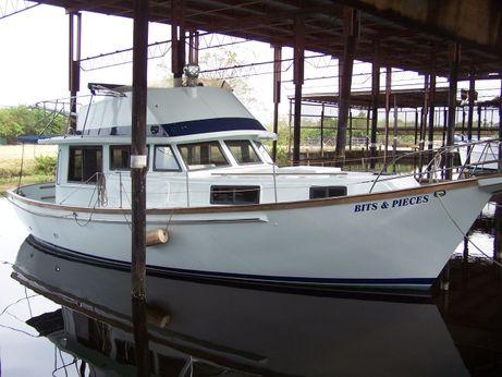 1979 Schucker 38 Sedan Trawler