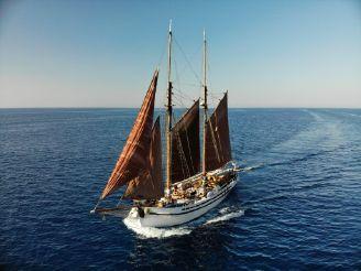1936 Classic schooner
