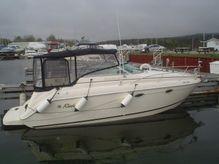 2001 Rinker 270 Express Cruiser