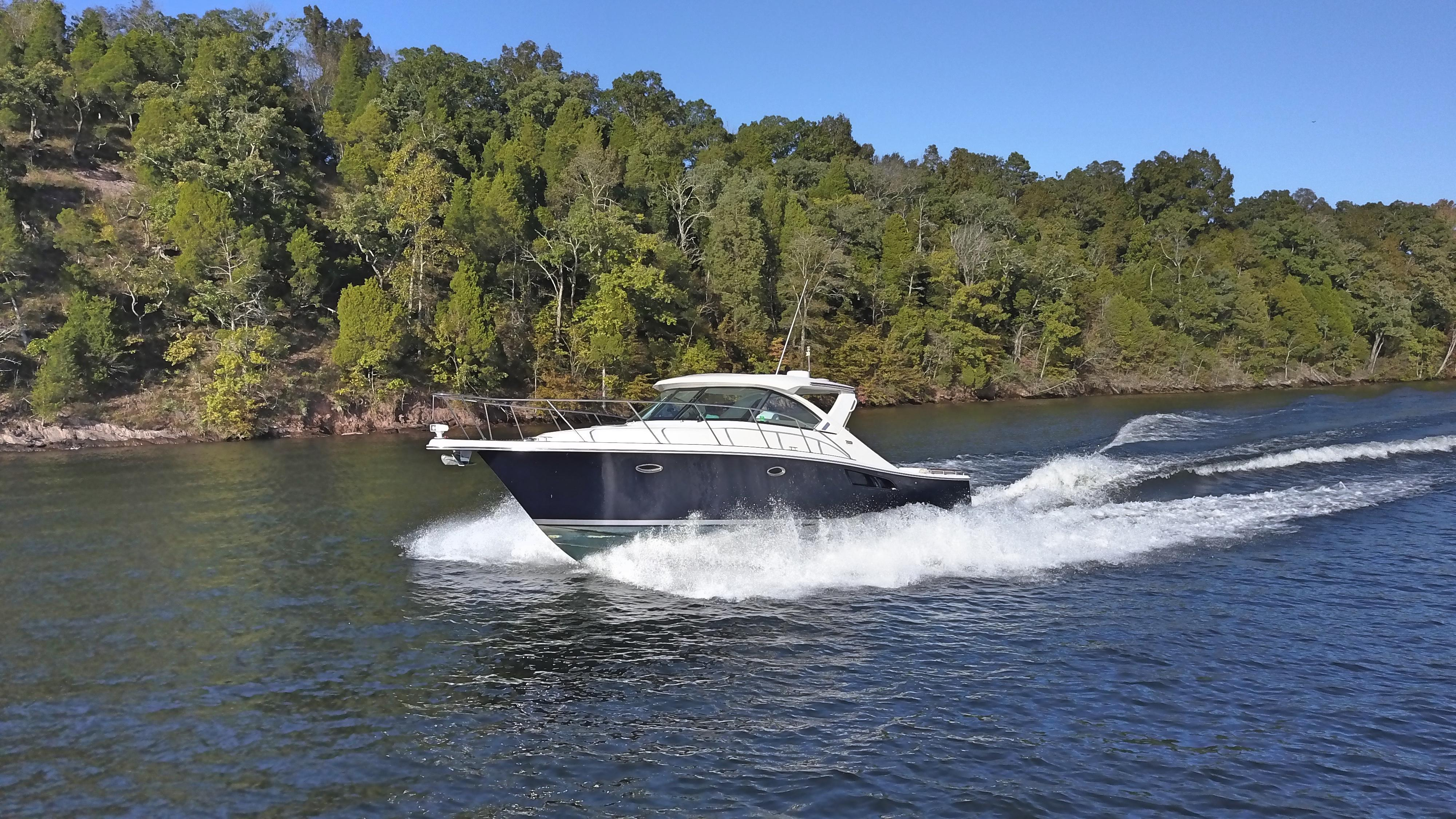 Lowe   New and Used Boats for Sale in Tennessee