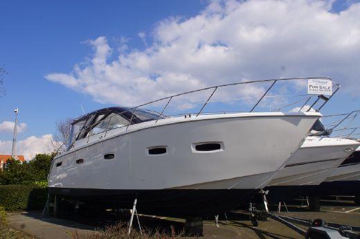 2010 Sealine SC35