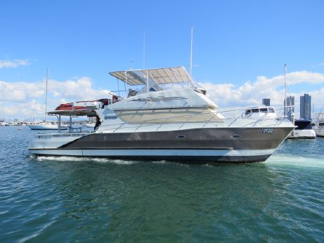 2009 Sailfish 5000