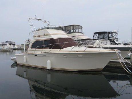 1984 Egg Harbor Yachts 33 Convertible