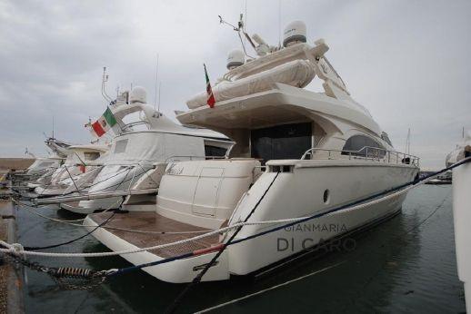 2006 Dominator 68s