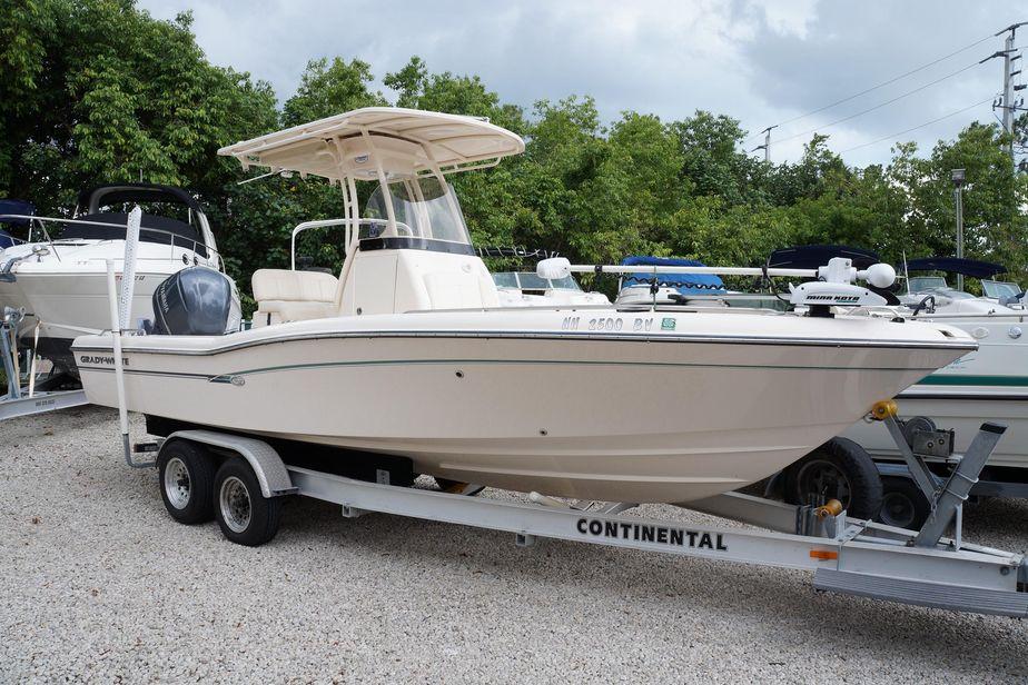 2016 Grady-White 251 Coastal Explorer Power Boat For Sale