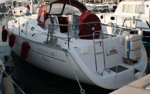 2001 Oceanis 331 Clipper