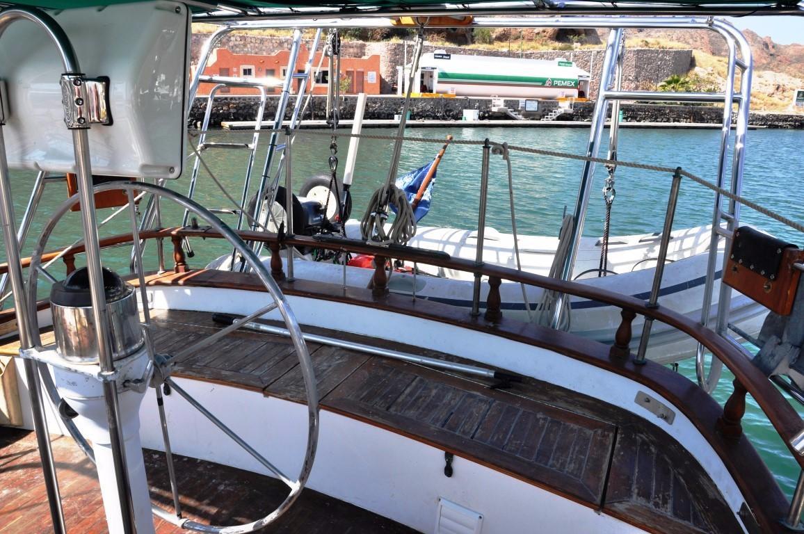 50' Hudson Force Ketch+Steering quadrant