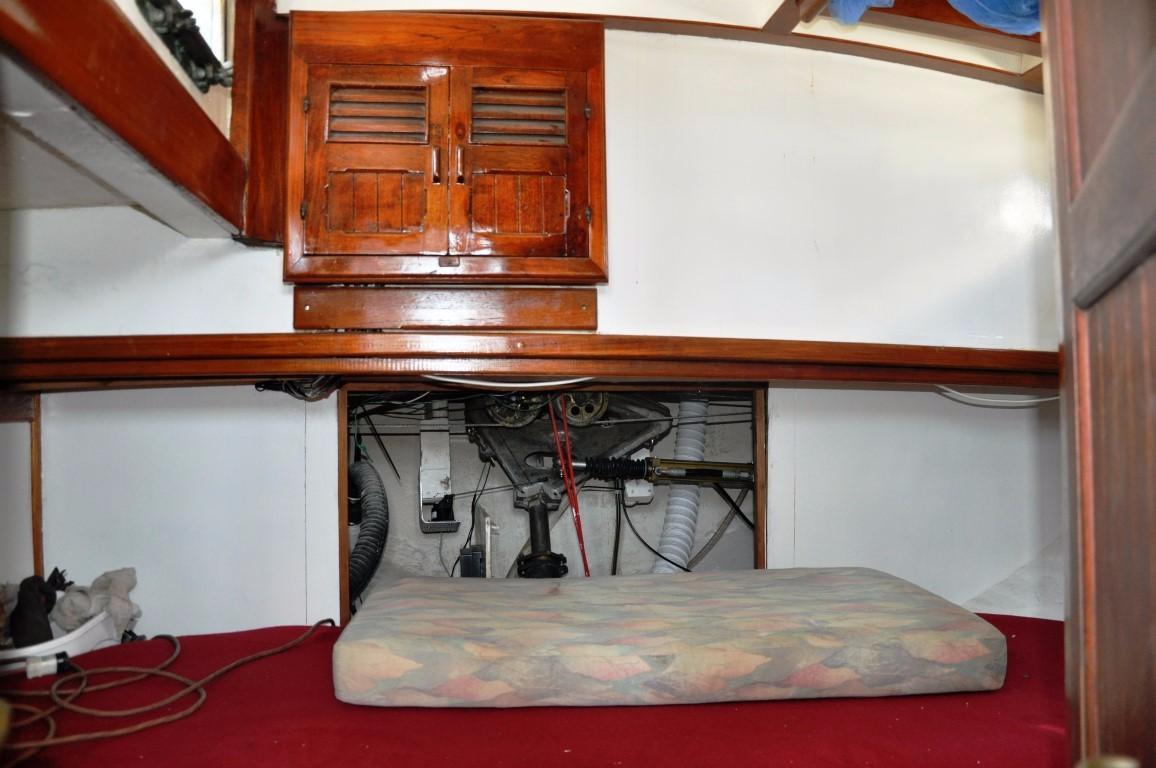50' Hudson Force Ketch+Forward Cabin