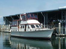 1985 Marine Trader La Belle Sundeck Aft Cabin Trawler